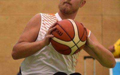 Dussmann Service lebt Integration in der Arbeitswelt und unterstützt den Verein Rollstuhlbasketball Flinkstones Graz.