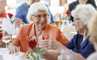 Kursana Wien-Tivoli berät beim Informationsstand am Meidlinger Seniorentag 2018 zum Leben in der Seniorenresidenz.