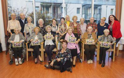 """Die Kraft des Alters – das Kursana Fotobuch """"Kraft meines ICHs"""" wurde im Beisein von Prominenten vorgestellt."""